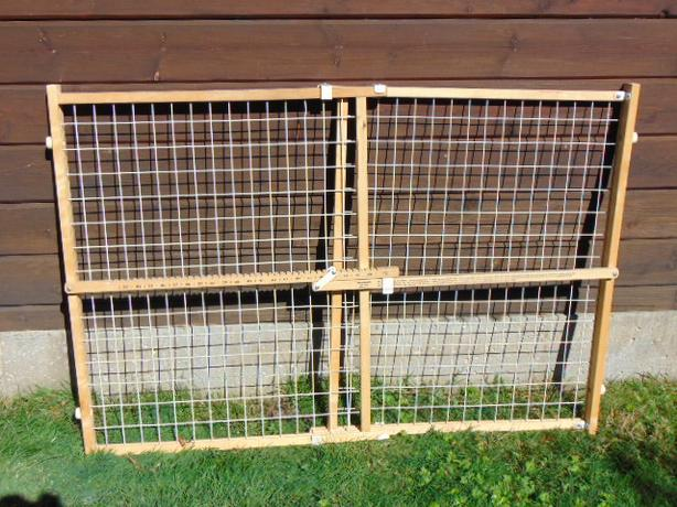 "Pressure Mounted Baby dog puppy Gate Fits 27-41"" door frame"