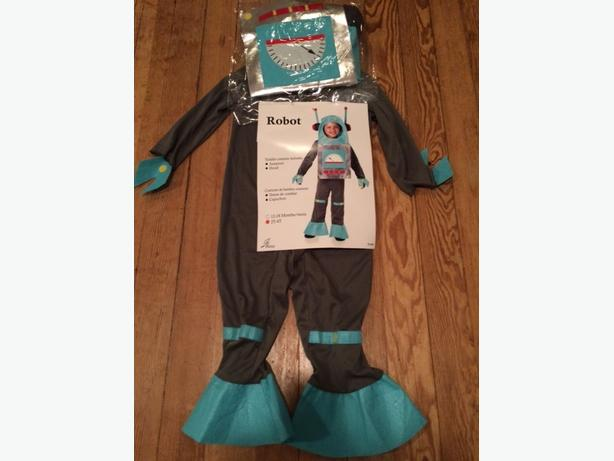 NEW Robot Costume fits 2 yrs to 4 years old