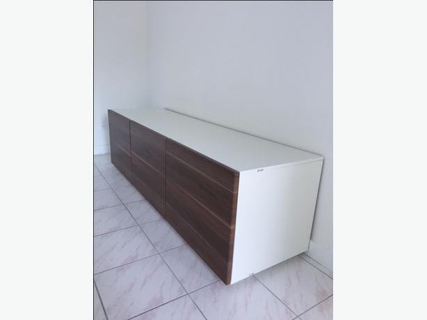 Mint Condition TV stand/living room cabinets