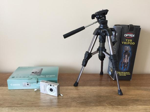 Canon PowerShot SD1000 camera and tripod- like new