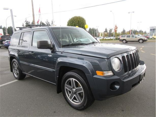 2008 Jeep Patriot North Edition 4x4 Low Kilometers Tow Pkg
