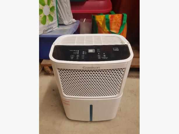 Dehumidifier - barely used, works great!
