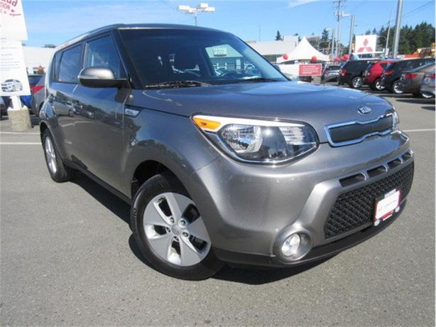 2016 Kia Soul LX+ One Owner Manual Transmission