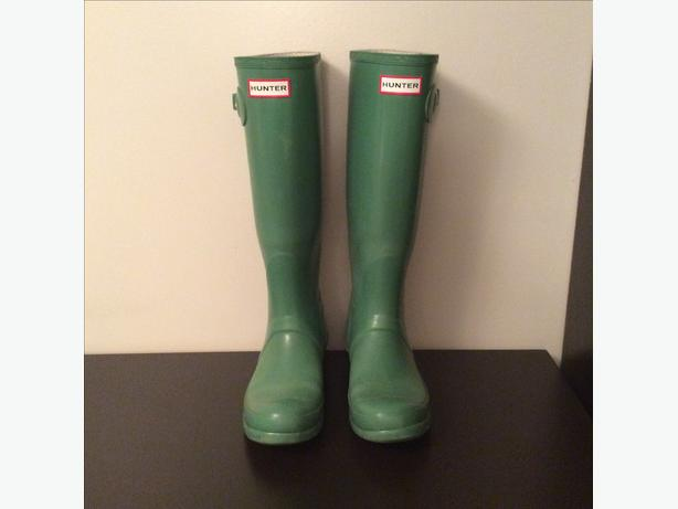 Green Hunter Boots, Size 7