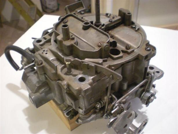 GM Quadrajet Carburetor (4 bbl)