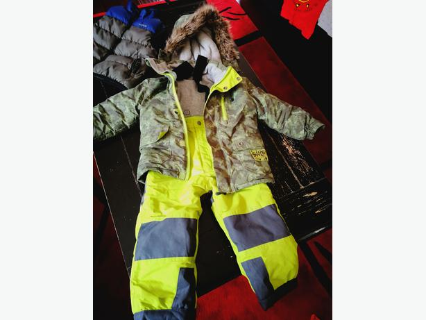 Size 3 snow Suit PinzelSnow Ski - and ski gloves