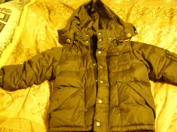 SIZE 4-5 BEAUTIFUL DOWN FILLED GAP WINTER COAT SELLS FOR $100 NEW!