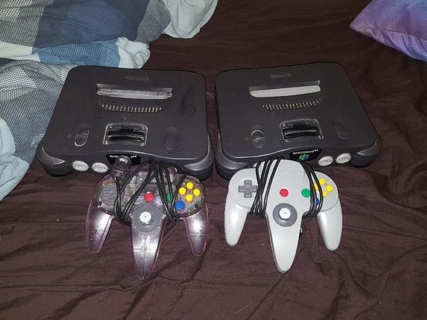 Nintendo 64 x2 and controller x2