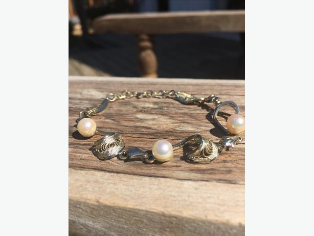Pink Pearl Bracelet 30$ OBO