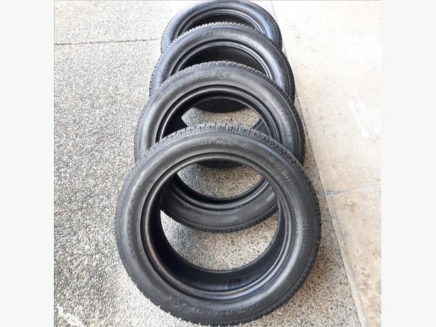 4 Toyo Observe Garit KX Winter tires 205/55R16 94H 60% tread remaining