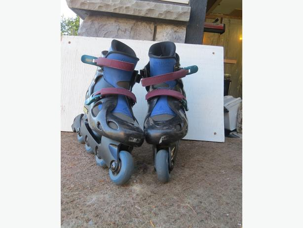 2 PAIR ROLLERBLADE INLINE SKATES AND NEW WHEELS