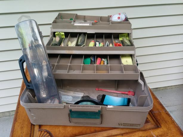 WOODSTREAM Tackle Box and Tackle