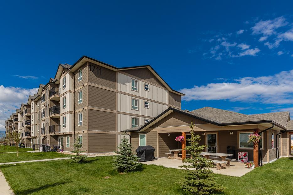 New Pet Friendly Two Bedroom Two Bathroom Apartments With In Suite Laundry West Regina Regina