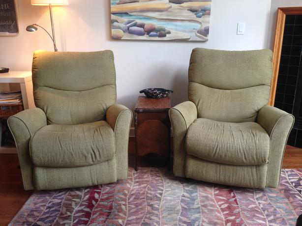Two  2-year old lazyboy rocker recliners