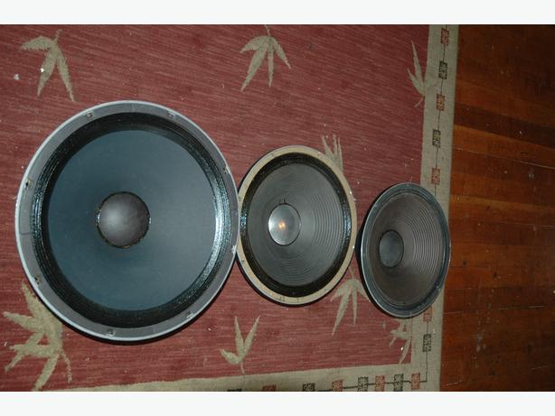 jbl bass speakers