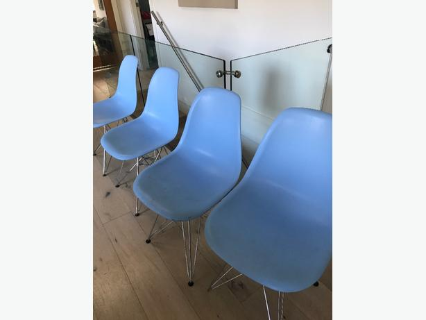 Eames Eiffel dining chairs (reproduction)