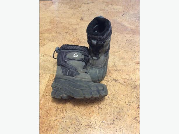 Sorel winter boots - size 10