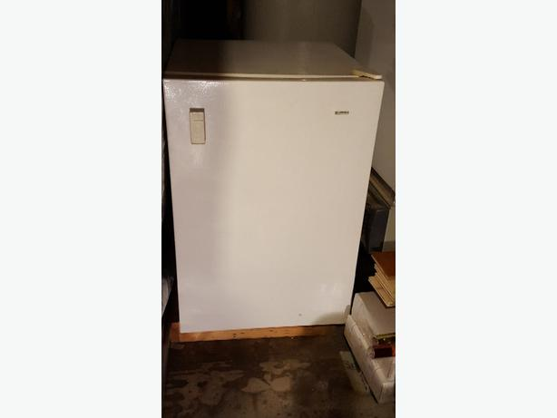 small KENMORE freezer