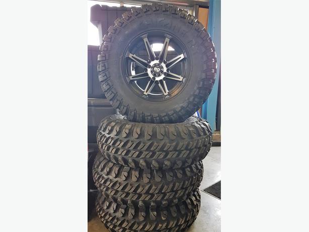 Chicane Dot Tires 28x10R-14
