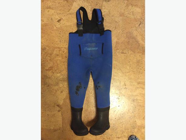Oakiwear Kids Neoprene Waders - size 4T