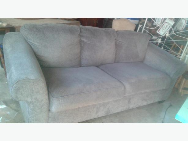 Large Living room couch in great condition, I can deliver too.