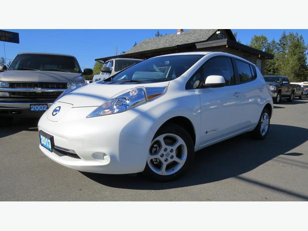 2013 NISSAN LEAF (EASY  FINANCING!)