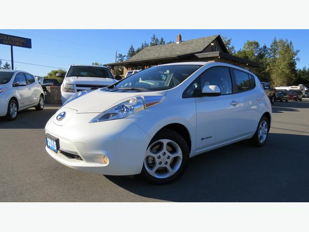 2015 NISSAN LEAF - Quick Charge Package - 360 Backup Cam - Priced To Sell