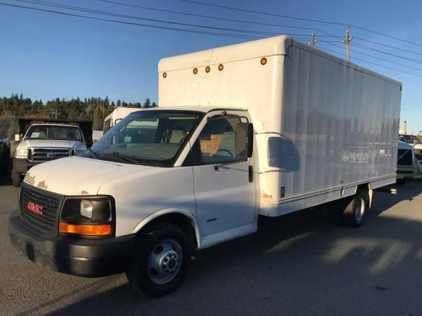 2008 GMC Savana G3500 16 Foot Diesel Cube Van
