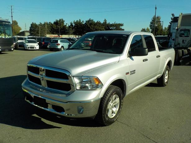 2017 Dodge RAM 1500 Outdoorsman Crew Cab Short  Box 4WD