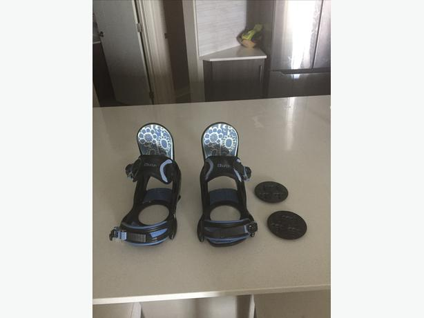 Women's Burton Snowboard Bindings *GENTLY USED*