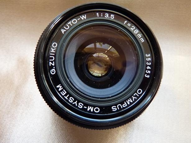 Olympus 28mm F3.5 Zuiko Wide Angle OM Camera Lens w. Hood,Case, and Filter, Mint