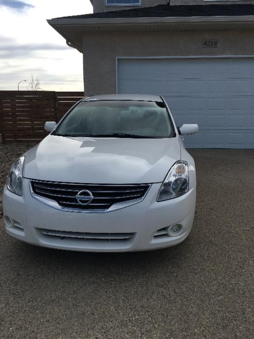 2010 nissan altima 2 5s south regina regina mobile. Black Bedroom Furniture Sets. Home Design Ideas