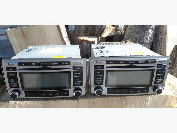 HYUNDAI SANTA FE RADIO OEM CD  BLUETOOTH MP3 XM AUX