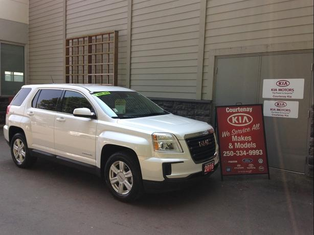 2016 GMC Terrain SLE ** $300.00 Gas card included**