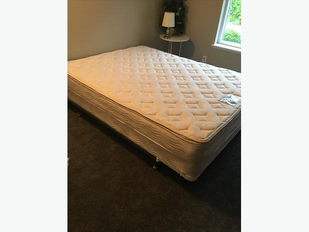 Sears O Pedic Queen Mattress And Box Spring Cobble Hill Cowichan