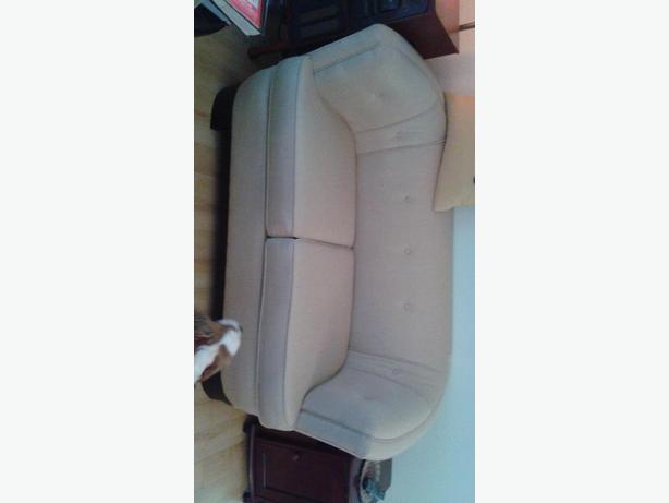 Love seats (2)