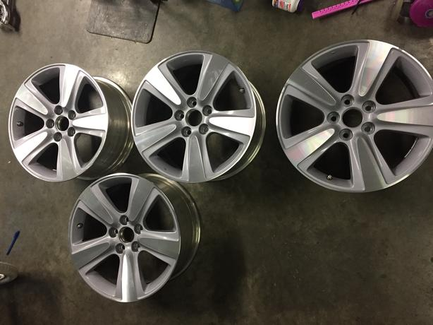 X OEM Acura MDX Rims Saanich Victoria - Acura mdx oem wheels
