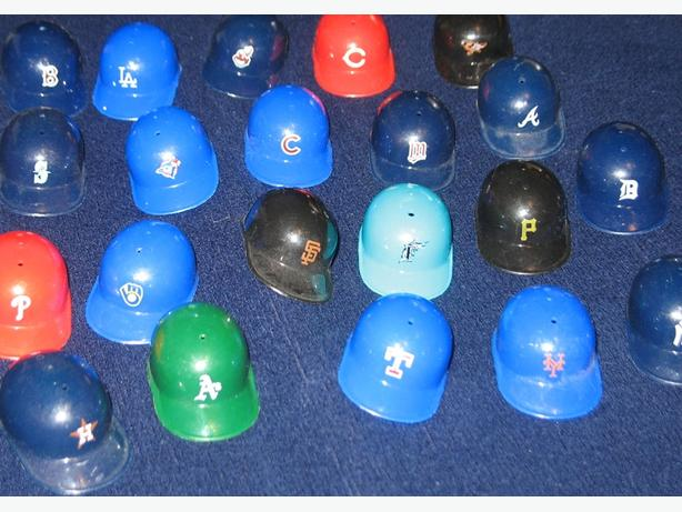 Miniature Baseball Batting Helmets - lot of 20