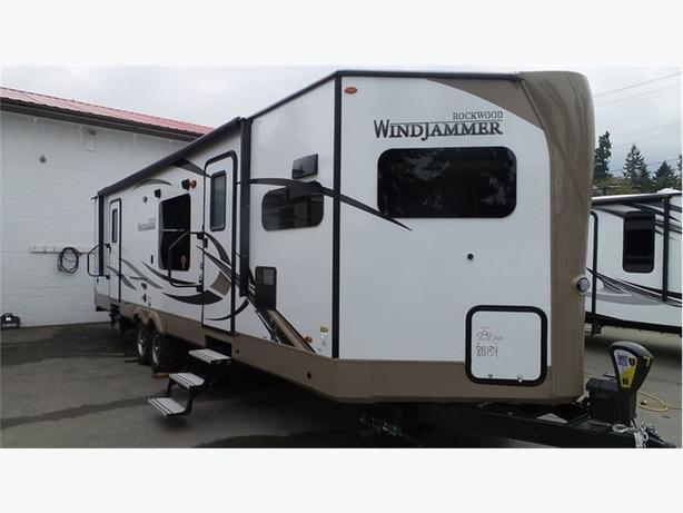 2018 Forest River Rockwood Windjammer 3008W -