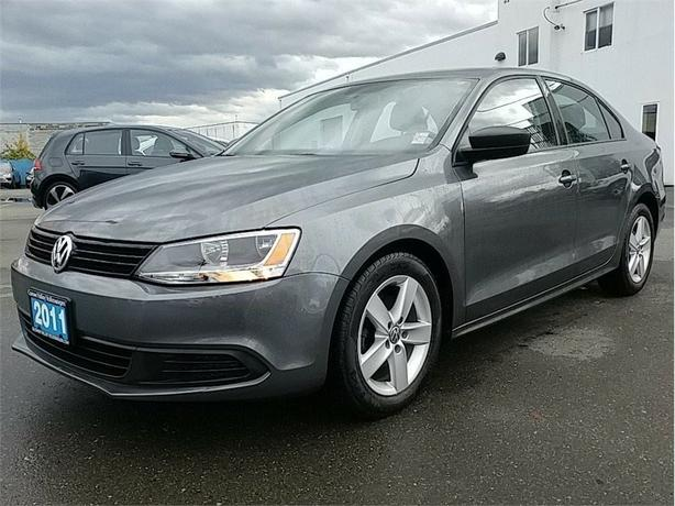 2011 Volkswagen Jetta 2.0L Trendline Plus 5sp Local CAR !