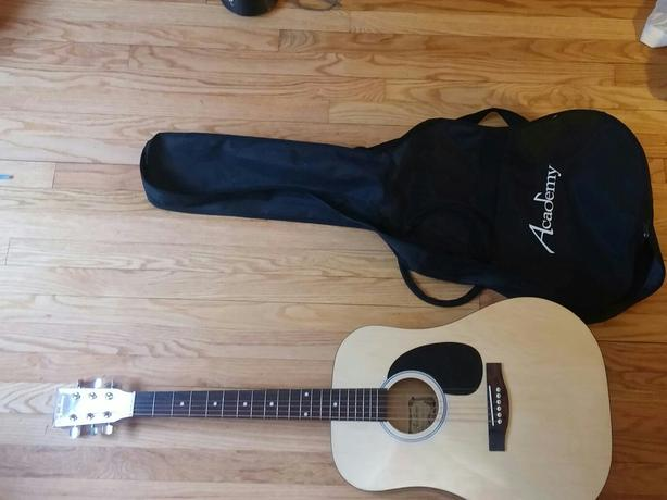 Acoustic Guitar 100$ (OBO)