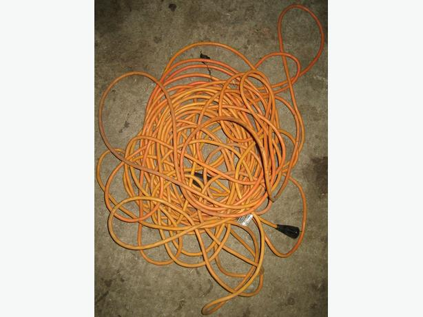 a very long cord-30 metres
