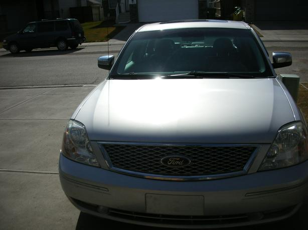 FORD FIVE HUNDRED LIMITED FULLY LOADED