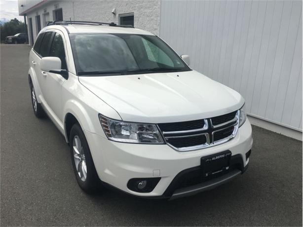 2016 Dodge Journey SXT  Navigation and Back-Up Camera