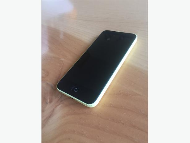 iPhone 5c 16GB with Black Case