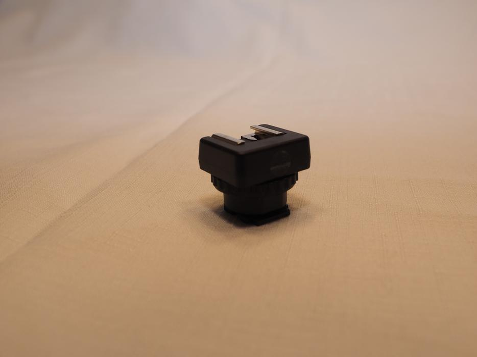610b2884cabc JJC MSA-MIS Sony Camcorder MIS to Universal COLD Shoe Adapter (new)  Esquimalt   View Royal