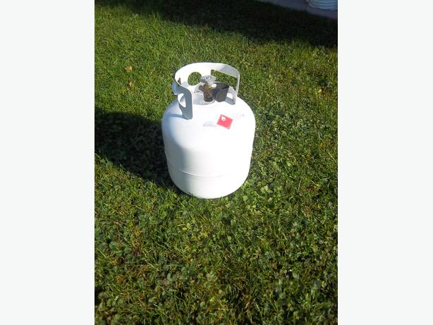 propane tank (full)