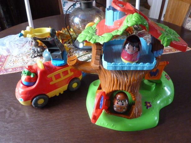 Weebles Treehouse Playset And Weeble Fire Truck Central Ottawa