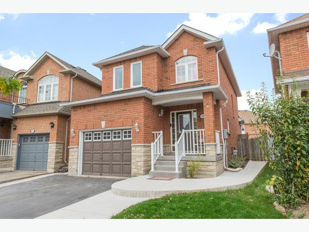 **SALE PENDING** 13 Brambirch Cres Brampton Real Estate MLS Listing
