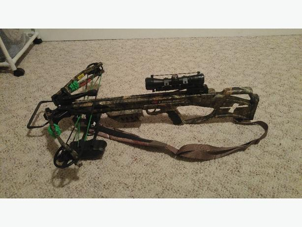PSE Fang 350xt crossbow with lots of exyras Kamloops, Kamloops